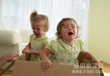 宝宝任性家长应该怎么应对_爱贝亲子网 - 入学